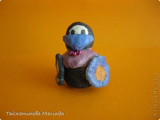 Моя вторая работа на замечательный конкурс http://stranamasterov.ru/node/372481#comment-4355898 организованный Машей (Бригантиной) Мне так понравились эти http://stranamasterov.ru/node/129560?c=favorite миниатюрные фигурки из пластики, что я решила сделать похожие из соленного теста, кстати это мои первые игрушки, да и вообще первая работа из соленного теста. фото 2