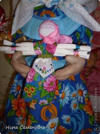 Вот такая Матрена у меня получилась!!! Спросите, почему бабушка? Мать, бабушка и являются хранительницами добра, тепла, уюта в нашем доме!!! фото 3