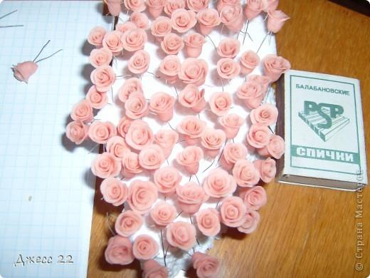Розы были заказаны для бисерного колье всего 123 штучки, делались из ХФ без клея. фото 1
