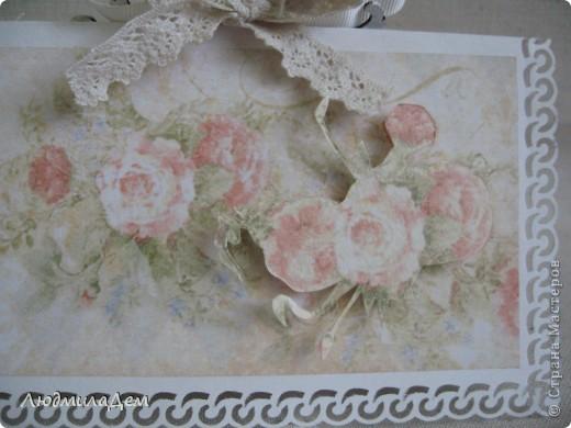 Вот такая открыточка у меня сотворилась к свадьбе. В работе использовала два вида скрапбумаги, бумагу для пастели, кружево, ленты, бусины, объемный контур. фото 6