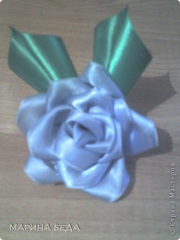 Розочка из голубой ленты фото 1