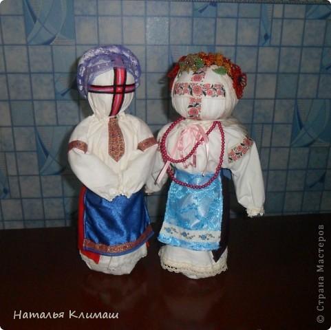 Макеты костюмов разных регионов Украины. Эти макеты выполнили ученицы 9-А класса  средней общеобразовательной школы № 10 г.Марганца на уроках трудового обучения. фото 3