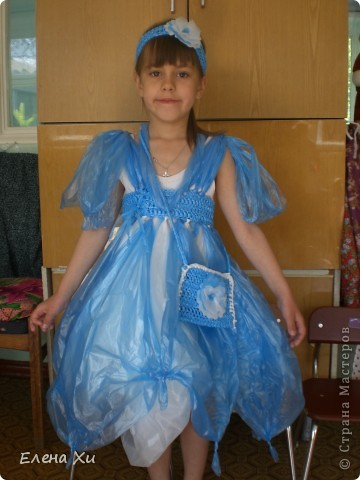 Как сшить платье из мусорных пакетов своими руками