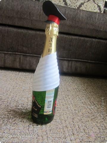 """Делала бутылочку впервые, на подарок мужу (присвоили очередное звание). Полная """"отсебятина"""" в технике, без использования чужих МК. В итоге получилось свое МК. Если интересно смотрите, может кому и пригодится... фото 9"""