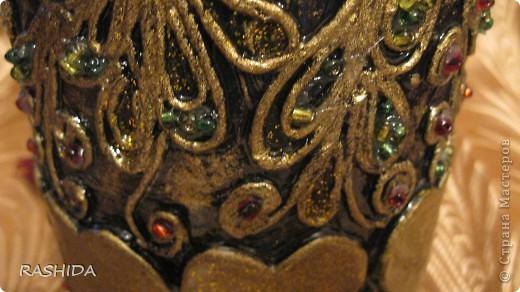"""Эта бутылка декорирована  по МК авторской технике """"Пейп-арт""""Татьяны Сорокиной.В процессе работы получила огромное удовольствие.Очень доступный МК.Спасибо. фото 3"""
