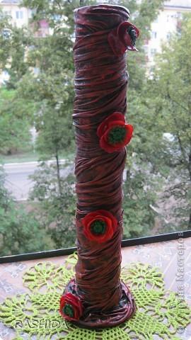 Очень простой способ декорирования колбы(бутылки).Вот такая ваза получается если ее декорировать  капроновыми чулками(колготками). фото 1