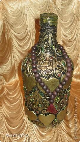 """Эта бутылка декорирована  по МК авторской технике """"Пейп-арт""""Татьяны Сорокиной.В процессе работы получила огромное удовольствие.Очень доступный МК.Спасибо. фото 2"""