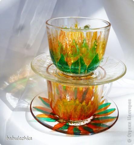 бокалы для чая: декупаж и затем для усиления цвета подсолнуха подкрасила витражными красками и в духовку. фото 4