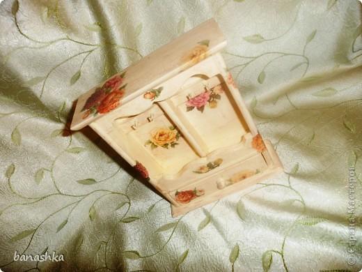 Деревянная заготовка, кракелюрный лак, акриловые краски, салфетки и глянцевый акриловый лак. фото 2