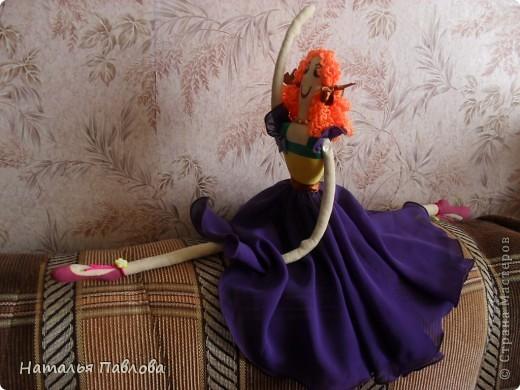 по выкройке Dotty dansers сшила вот таких танцовщиц...Смешные кукляшки получились... фото 6