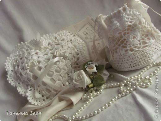 Я к вам опять со свадебным набором. Сердечко-подушка для колец и сумочка для невесты. фото 4