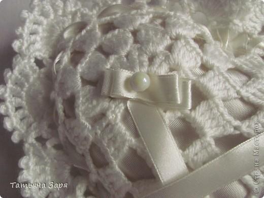 Я к вам опять со свадебным набором. Сердечко-подушка для колец и сумочка для невесты. фото 3