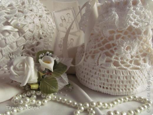 Я к вам опять со свадебным набором. Сердечко-подушка для колец и сумочка для невесты. фото 5