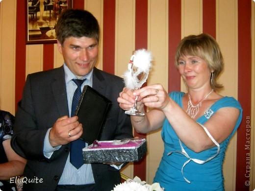 Привет всем жителям Страны Мастеров! У моих родителей сегодня, 19 июня, Юбилей - Серебряная Свадьба. Решила сделать им в подарок бокалы.  фото 10