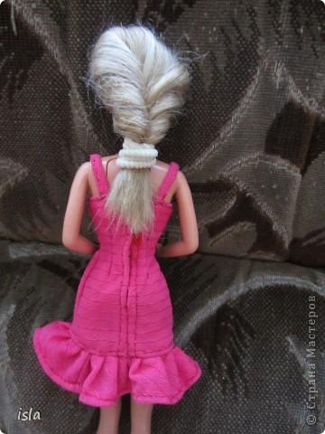 Насмотрелась на работы наших мастериц по обновлению гардероба для кукол. Купила несколько куколок ребенку и решила их приодеть. На сайте http://babyroom.narod.ru/barby.html нашла выкройки, подошли идеально. фото 3