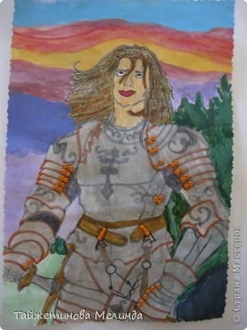 Третья работа на конкурс https://stranamasterov.ru/node/372481#comment-4355898 от замечательной мастерицы Маши (бригантины) Рисунок Ланселот. Рисовала его акварелью, все кнопки из бисера, а волосы немного украсила блеском. фото 2