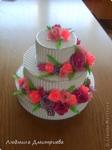 Такие тортики (уже два) были подарены на день рождение коллеги и дочери фото 1