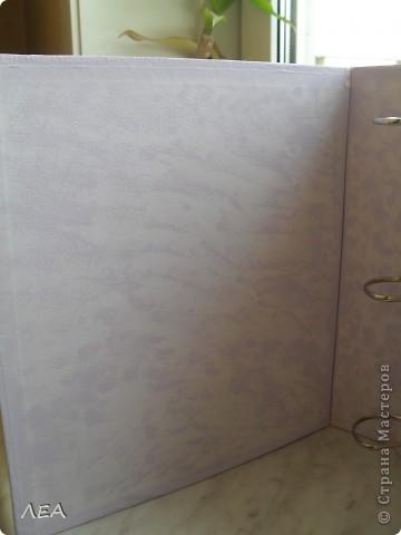 Доброго времени суток! Вот такую книгу пожеланий-альбом сделала для близкого друга на свадьбу бывшей жене (а то как-то не очень прилично было отпускать на свадьбу с пустыми руками:) ну да, люди, иногда, умеют расставаться мирно:) фото 4