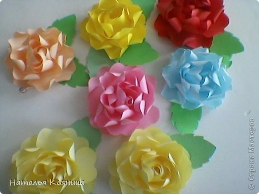 Розы из офисной бумаги по МК  лика2010. фото 1