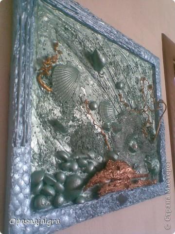 """Мои первые шаги в технике """"терра"""".Работу назвала """"Море-океан"""",вдохновили   работы  мастера-декоратора Натальи Тигровой. Всё создавалось в течении 4-х дней,работа подарена мужу подруги на день рождения.Жаль фото не передаёт цветов,так-как снимала на телефон(фотоаппарат поломался). фото 2"""