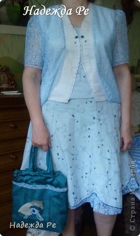 Вот хвастаюсь своим новым ,летним костюмчиком,шила на одном дыхании и недавно добавилась сумочка. фото 1