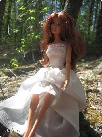 Захотелось сшить кукле легкое и воздушное платье, вот что получилось. фото 4