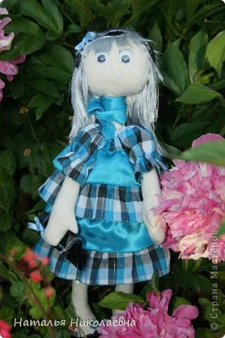 Еще одна куколка сшилась благодаря организованному в Стране Мастеров совместному пошиву. Спасибо за СП! фото 2