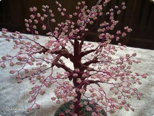 Дерево Сакура из бисера. фото 2