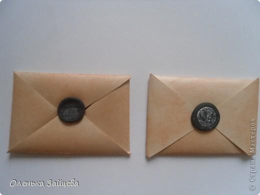 """Уже давно должна была закончится игра объявленная мной еще 20 апреля http://stranamasterov.ru/node/352835 но так сложилось, что 5 сейрий из 6-ти, по две карточки в каждой были потерянны на почте, после чего я снова повторила эти карточки, сделав по одной дополнительной, и отправила ту что оставалась мне. И письма опять не добрались адресатов....Я не хочу чтобы люди согасившиеся со мной поиграть думали обо мне плохо. Я не обманщица, я честно отправляла письма.... Сейчас делаю эти серии(но уже не повотряю то что сделала в первый раз, а делаю, новые серии, на эти же темы), уже готово все кроме """"старых писем"""", буду отправлять постепенно по 2 карточки, чтобы снова не потялось все... Это серия """"Четыре лапки"""" ,отправляя второй раз, я отпрвила нижнюю карточку, и одну из верхних повторила не помню которую. фото 7"""