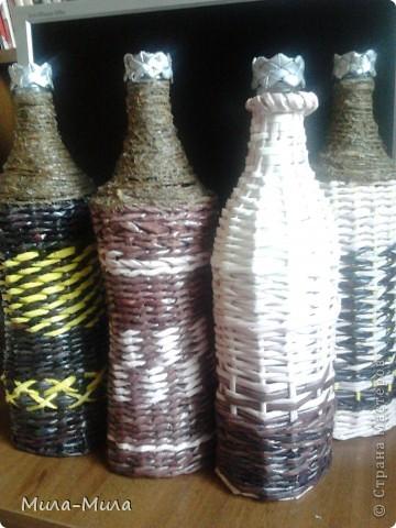 Вот наконец мои бутылочки обзавелись своими крышечками.ну и еще одна сплелась. фото 1
