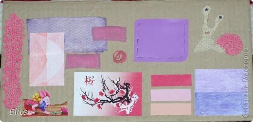 """Вот такую развавашку я сделала для одного малыша.  Использованы материалы: картон, бумага, цветной полиэтилен, пластик, шлейф, вырезанные картинки, нитки, спицы, крючок, резинки канцелярские, упаковка от кофе, губки для мытья посуды, тканевые салфетки крашеные акварелью, ткань и прочая разноцветность. Конечно, это скорее подходит к разделу """"Аппликация"""", чем к """"Вязанию"""", но саму идею я подсмотрела именно из навязанных разноцветных квадратиков, пришитых к картонным листам. Я же в своей работе хотела не только цвет малышу показать, но и оттенки этих цветов, а так же чтоб он пальчиками потрагал разную материальность: гладкую-шершавую, твёрдое-мягкое.  Ребёнку подарок очень понравился - сразу попытался оторвать резинки)) фото 3"""