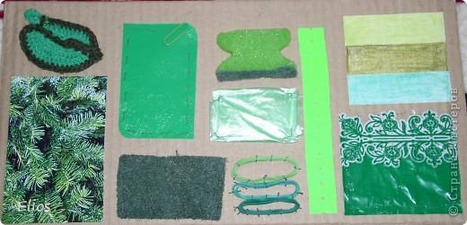 """Вот такую развавашку я сделала для одного малыша.  Использованы материалы: картон, бумага, цветной полиэтилен, пластик, шлейф, вырезанные картинки, нитки, спицы, крючок, резинки канцелярские, упаковка от кофе, губки для мытья посуды, тканевые салфетки крашеные акварелью, ткань и прочая разноцветность. Конечно, это скорее подходит к разделу """"Аппликация"""", чем к """"Вязанию"""", но саму идею я подсмотрела именно из навязанных разноцветных квадратиков, пришитых к картонным листам. Я же в своей работе хотела не только цвет малышу показать, но и оттенки этих цветов, а так же чтоб он пальчиками потрагал разную материальность: гладкую-шершавую, твёрдое-мягкое.  Ребёнку подарок очень понравился - сразу попытался оторвать резинки)) фото 5"""