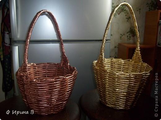 И снова, по просьбе детского садика,две корзинки.Начало плетения - донышко. фото 4