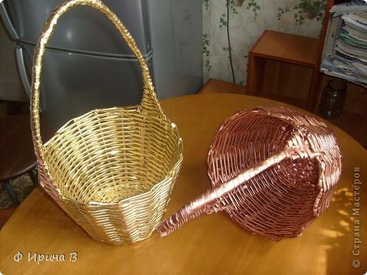 И снова, по просьбе детского садика,две корзинки.Начало плетения - донышко. фото 5