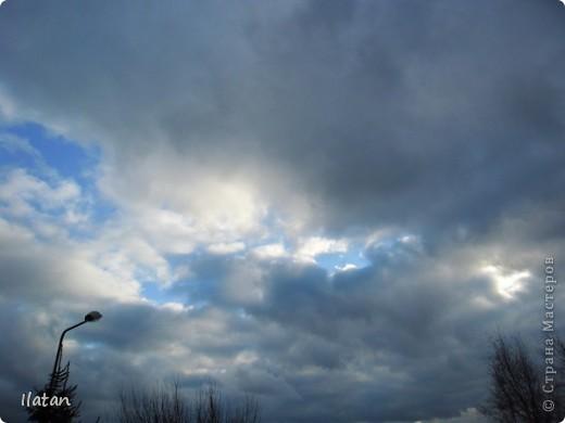 Благодаря фотографии прекрасные моменты начинают жить вечно...  День добрый, всем всем, всем !!!! Добрый день мои хорошие!  Обожаю делать фото. Одной из тем, есть фото небесных просторов!!!!!  Постоянно присутствует вопрос.....а что же там.....высоко в небе???  Может фото поможет нам увидеть??? узнать???? понять....  Эти фотки сделаны мной в разных местах и в разное время суток  Ну что,,,поехали.....или полетели.....???!!! Приглашаю..... фото 10