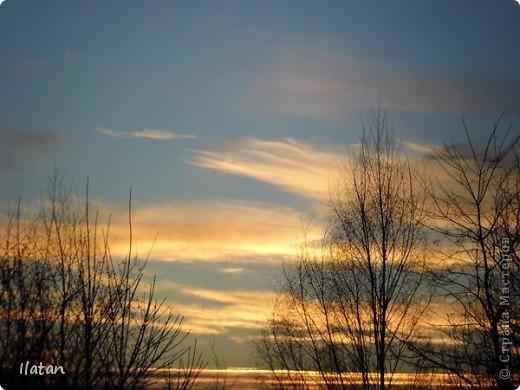 Благодаря фотографии прекрасные моменты начинают жить вечно...  День добрый, всем всем, всем !!!! Добрый день мои хорошие!  Обожаю делать фото. Одной из тем, есть фото небесных просторов!!!!!  Постоянно присутствует вопрос.....а что же там.....высоко в небе???  Может фото поможет нам увидеть??? узнать???? понять....  Эти фотки сделаны мной в разных местах и в разное время суток  Ну что,,,поехали.....или полетели.....???!!! Приглашаю..... фото 8