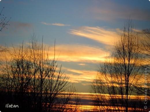 Благодаря фотографии прекрасные моменты начинают жить вечно...  День добрый, всем всем, всем !!!! Добрый день мои хорошие!  Обожаю делать фото. Одной из тем, есть фото небесных просторов!!!!!  Постоянно присутствует вопрос.....а что же там.....высоко в небе???  Может фото поможет нам увидеть??? узнать???? понять....  Эти фотки сделаны мной в разных местах и в разное время суток  Ну что,,,поехали.....или полетели.....???!!! Приглашаю..... фото 7