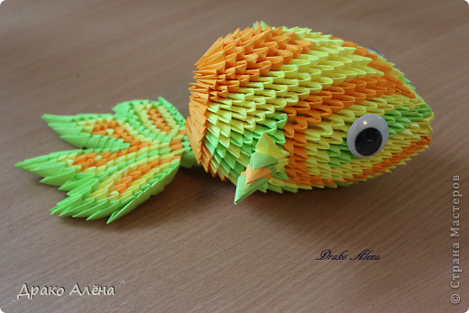 Рыбка в подарок моему стилисту-парикмахеру)))) (хочется в будущем сделать мастер-класс на нее, подскажите если уже есть) фото 1