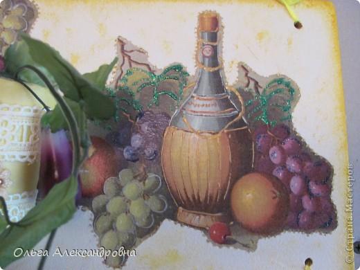 Очень понравилось панно Физалии http://stranamasterov.ru/node/357421?c=favorite  и решила тоже сделать что - то подобное на кухню на даче. Не обращайте внимания на фон, обои еще не наклеены, но куплены, бежевые с гроздьями винограда, поэтому и салфеточки выбирала под стать обоев.  фото 10