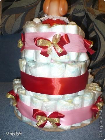 Первый раз попробовала делать такой торт - СУПЕР!!!!!!!!!!!! Ушло 72 памперса фото 3