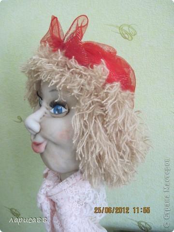 Это только часть ростовых кукол, вернее их головы. Тело заказчик будет делать самостоятельно. Это хозяйка на дачу. Будет там отдыхать. фото 3