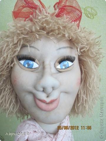 Это только часть ростовых кукол, вернее их головы. Тело заказчик будет делать самостоятельно. Это хозяйка на дачу. Будет там отдыхать. фото 4