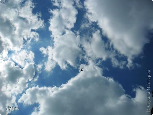 Благодаря фотографии прекрасные моменты начинают жить вечно...  День добрый, всем всем, всем !!!! Добрый день мои хорошие!  Обожаю делать фото. Одной из тем, есть фото небесных просторов!!!!!  Постоянно присутствует вопрос.....а что же там.....высоко в небе???  Может фото поможет нам увидеть??? узнать???? понять....  Эти фотки сделаны мной в разных местах и в разное время суток  Ну что,,,поехали.....или полетели.....???!!! Приглашаю..... фото 12