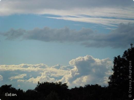 Благодаря фотографии прекрасные моменты начинают жить вечно...  День добрый, всем всем, всем !!!! Добрый день мои хорошие!  Обожаю делать фото. Одной из тем, есть фото небесных просторов!!!!!  Постоянно присутствует вопрос.....а что же там.....высоко в небе???  Может фото поможет нам увидеть??? узнать???? понять....  Эти фотки сделаны мной в разных местах и в разное время суток  Ну что,,,поехали.....или полетели.....???!!! Приглашаю..... фото 13