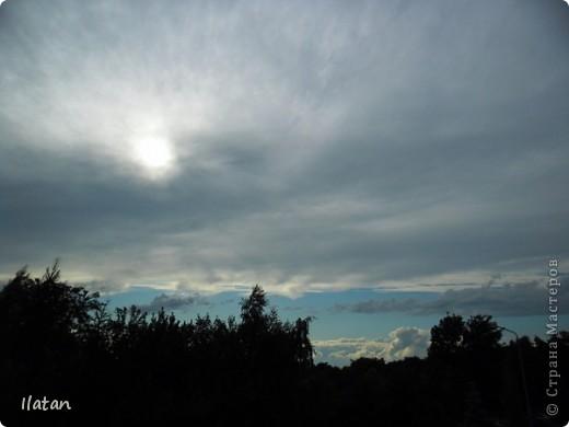Благодаря фотографии прекрасные моменты начинают жить вечно...  День добрый, всем всем, всем !!!! Добрый день мои хорошие!  Обожаю делать фото. Одной из тем, есть фото небесных просторов!!!!!  Постоянно присутствует вопрос.....а что же там.....высоко в небе???  Может фото поможет нам увидеть??? узнать???? понять....  Эти фотки сделаны мной в разных местах и в разное время суток  Ну что,,,поехали.....или полетели.....???!!! Приглашаю..... фото 15