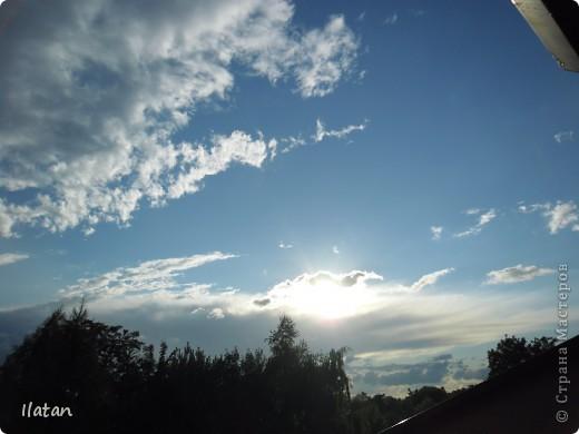 Благодаря фотографии прекрасные моменты начинают жить вечно...  День добрый, всем всем, всем !!!! Добрый день мои хорошие!  Обожаю делать фото. Одной из тем, есть фото небесных просторов!!!!!  Постоянно присутствует вопрос.....а что же там.....высоко в небе???  Может фото поможет нам увидеть??? узнать???? понять....  Эти фотки сделаны мной в разных местах и в разное время суток  Ну что,,,поехали.....или полетели.....???!!! Приглашаю..... фото 18
