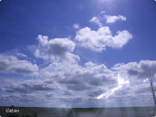 Благодаря фотографии прекрасные моменты начинают жить вечно...  День добрый, всем всем, всем !!!! Добрый день мои хорошие!  Обожаю делать фото. Одной из тем, есть фото небесных просторов!!!!!  Постоянно присутствует вопрос.....а что же там.....высоко в небе???  Может фото поможет нам увидеть??? узнать???? понять....  Эти фотки сделаны мной в разных местах и в разное время суток  Ну что,,,поехали.....или полетели.....???!!! Приглашаю..... фото 21
