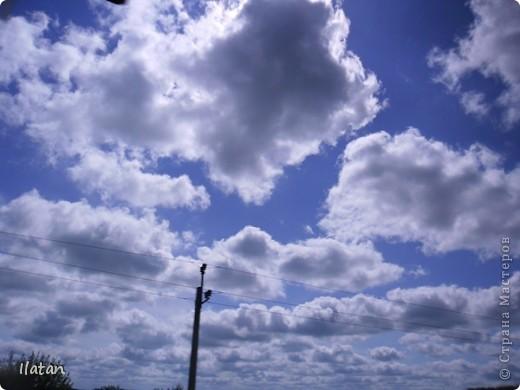 Благодаря фотографии прекрасные моменты начинают жить вечно...  День добрый, всем всем, всем !!!! Добрый день мои хорошие!  Обожаю делать фото. Одной из тем, есть фото небесных просторов!!!!!  Постоянно присутствует вопрос.....а что же там.....высоко в небе???  Может фото поможет нам увидеть??? узнать???? понять....  Эти фотки сделаны мной в разных местах и в разное время суток  Ну что,,,поехали.....или полетели.....???!!! Приглашаю..... фото 23