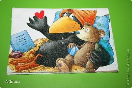 """Обложка для паспорта""""Из жизни вороны"""",Салфетки,акриловый лак,акриловые краски,пва фото 2"""