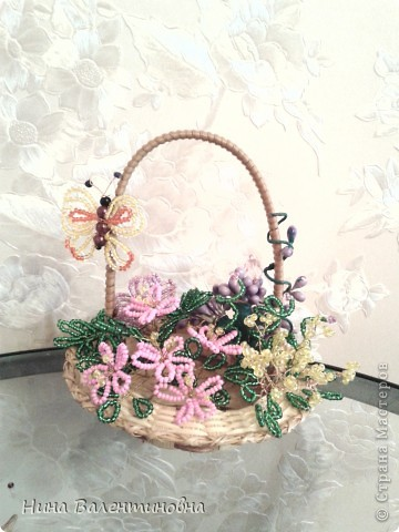 Корзинка с цветами. фото 1